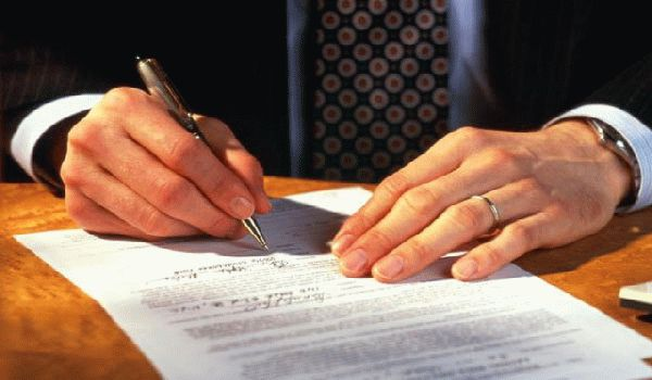 Индивидуальный предприниматель работает по трудовому договору