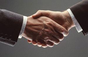Кто подписывает трудовой договор 2019